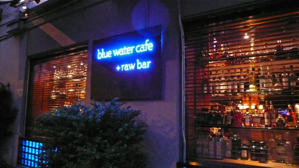 Restaurant_bluewatercafe01